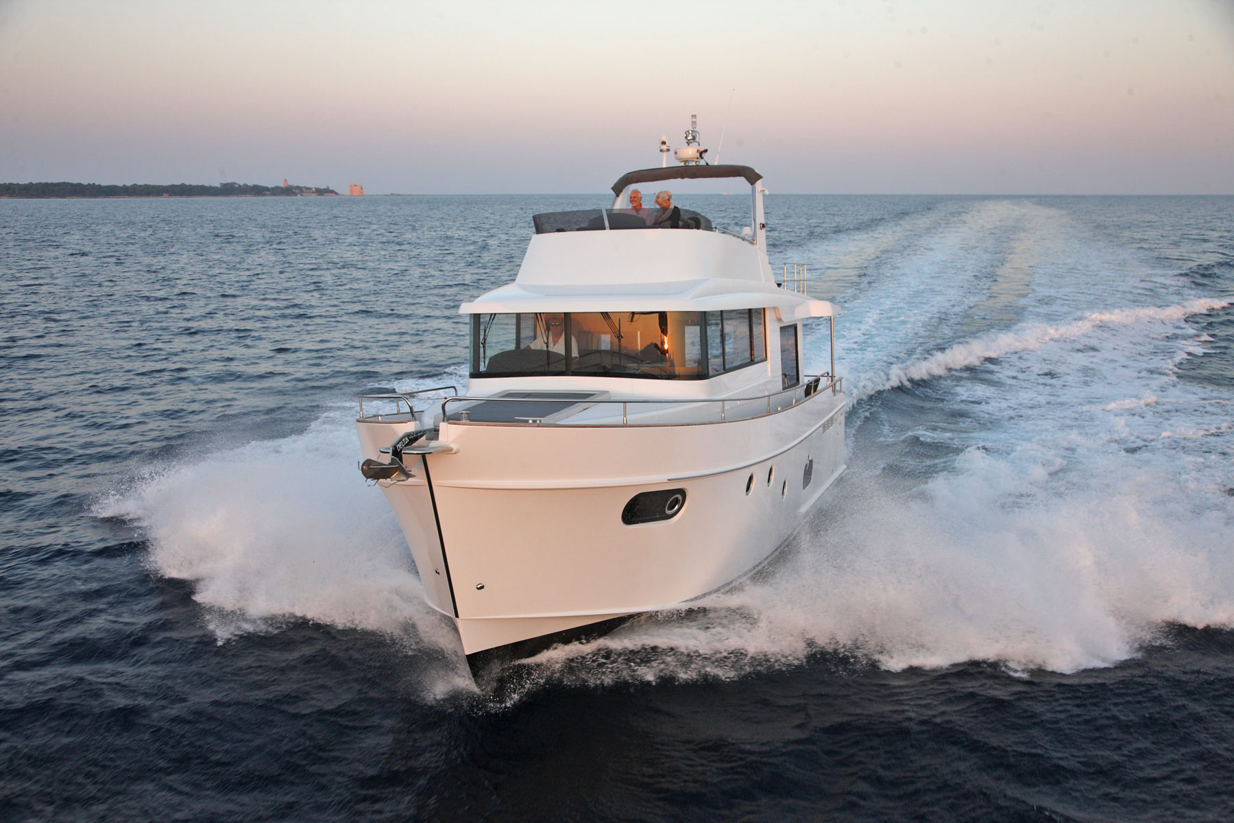 2013-Beneteau-Swift-Trawler-50