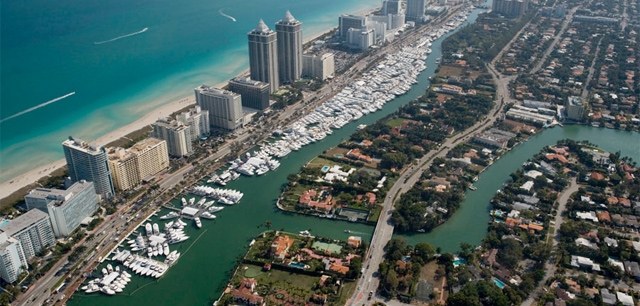 Yachts Miami Beach 2017